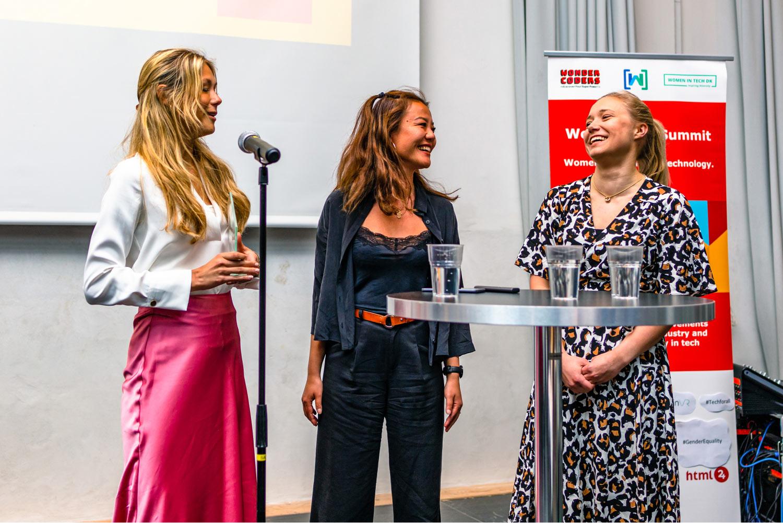 Nordic Women in Tech Awards hero background
