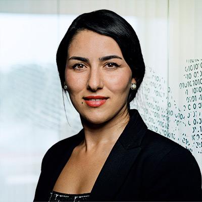 Portrait of Ava Davani Business Consultant in NNIT